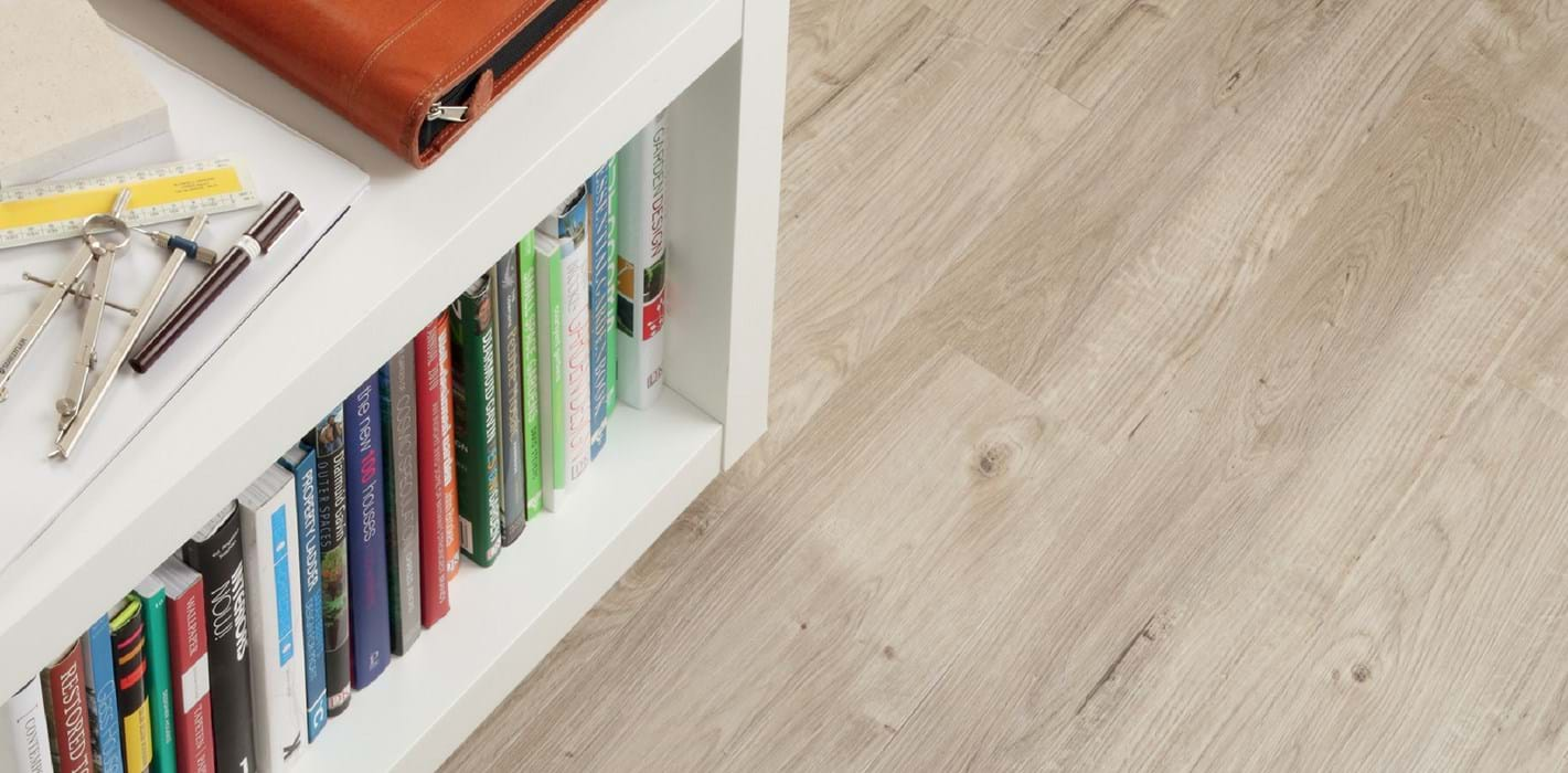 Amtico International: Sun Bleached Oak - SS5W2531