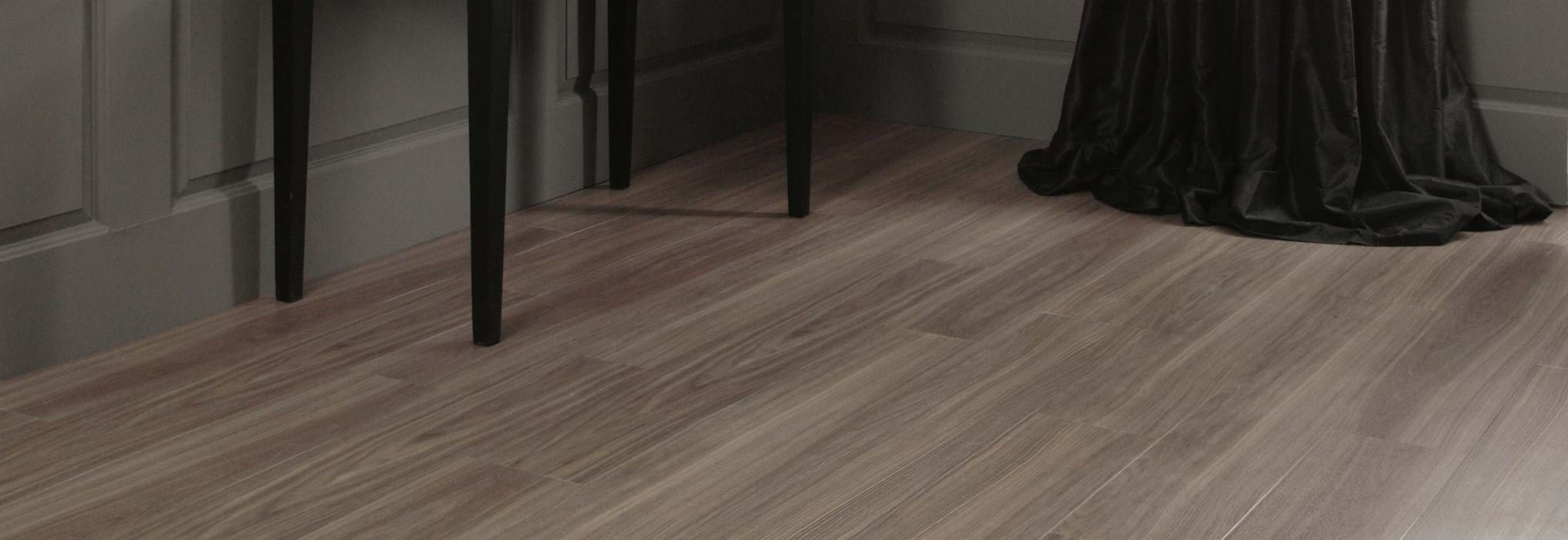 Amtico International: Dusky Walnut - SF3W2542